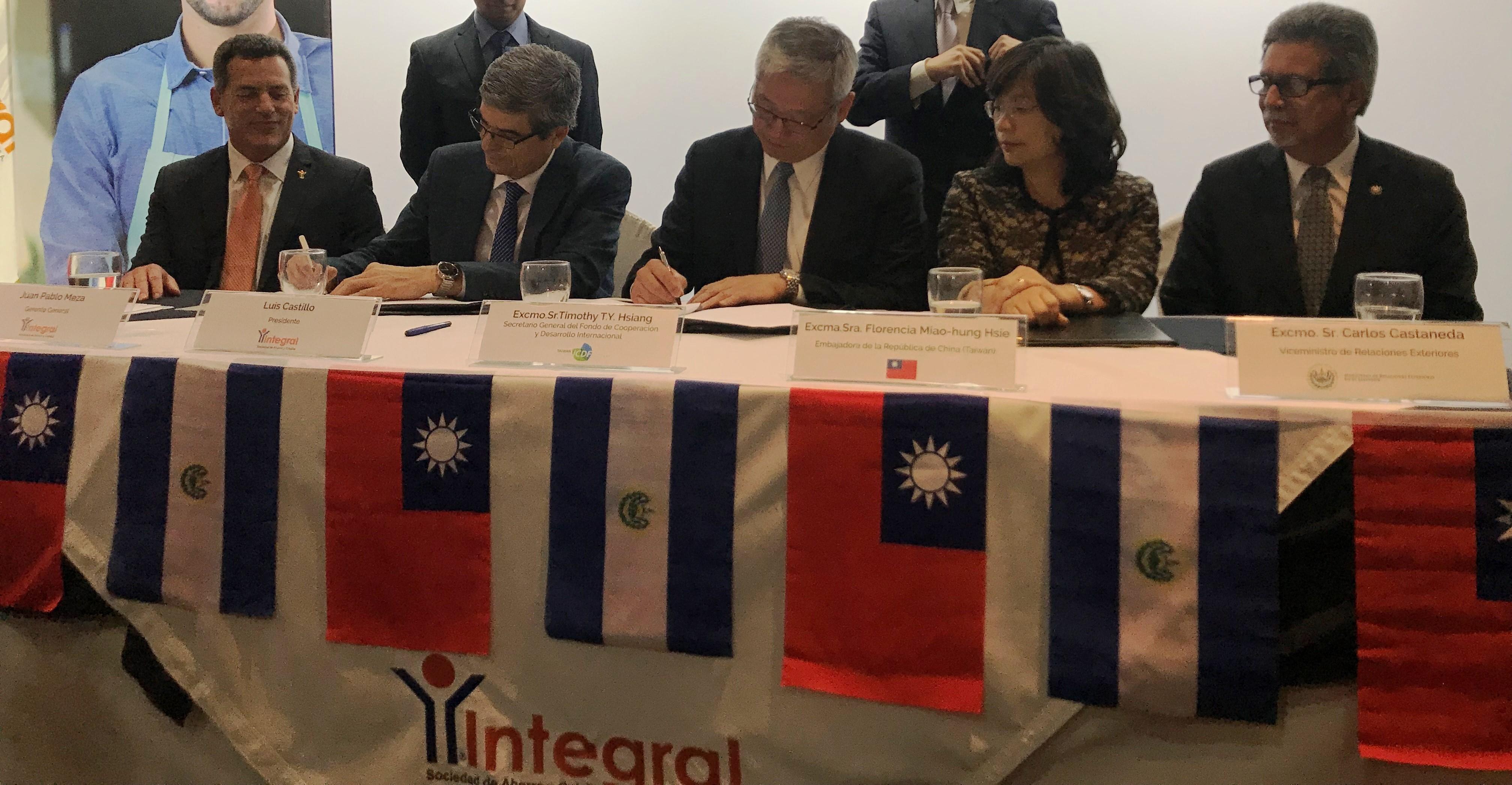 Taiwán ICDF e Integral firman Memorándum de Entendimiento para propiciar créditos a mypes