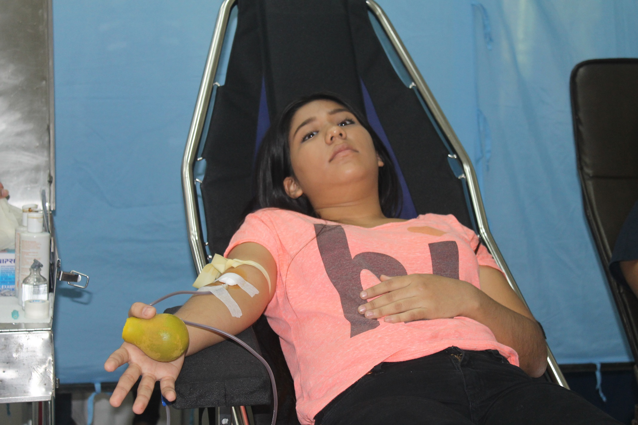 Cruz Roja y UNASA reúnen 63 donantes de sangre