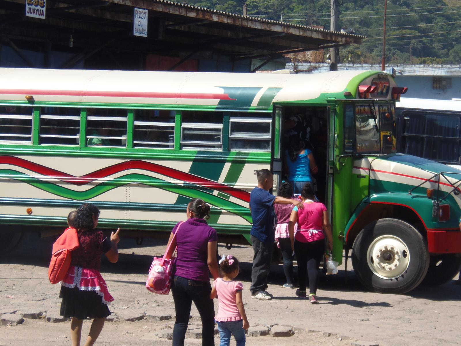 Conozca la nueva logística que deben acatar las rutas de buses en la terminal Francisco Lara Pineda