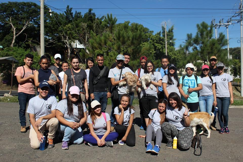 Colitas Felices busca beneficiar al albergue de perros AAPASA con ayuda de los santanecos