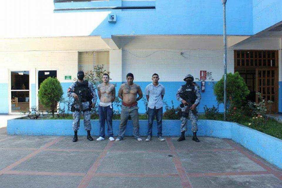 Sujetos que asesinaron a policía caen en manos de la justicia