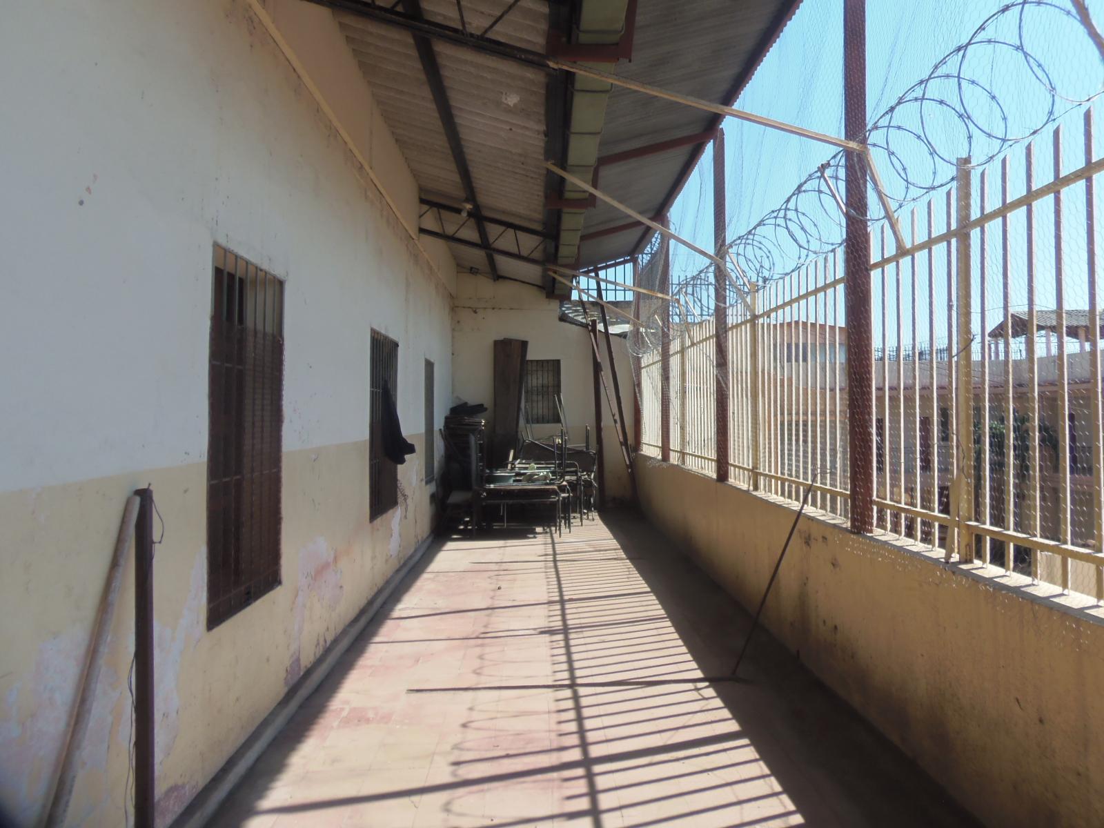 Centro escolar Napoleón Ríos necesita refuerzos en su infraestructura
