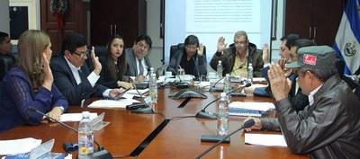 Acuerdan suspender embargos y procesos legales contra caficultores por decreto transitorio