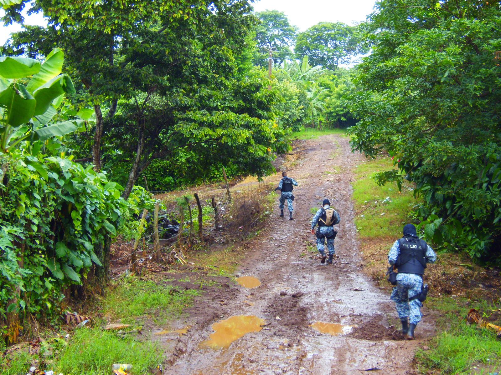 Policía descarta éxodo de familias en uno de los caseríos de Coatepeque