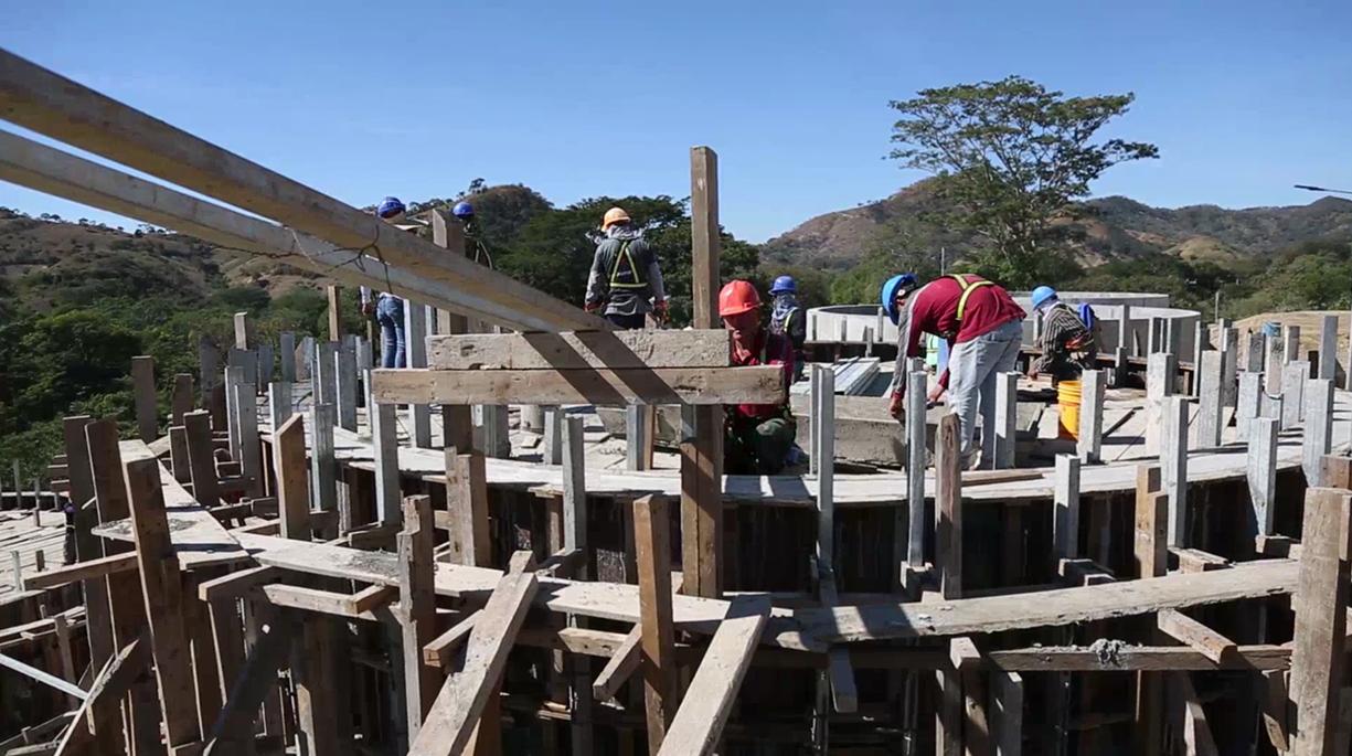 Construcción de planta de tratamiento para aguas residuales en Metapán tiene un avance del 70%