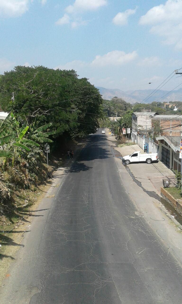 Diputados aprueban decreto que permite la ampliación de la carretera Antigua a San Salvador