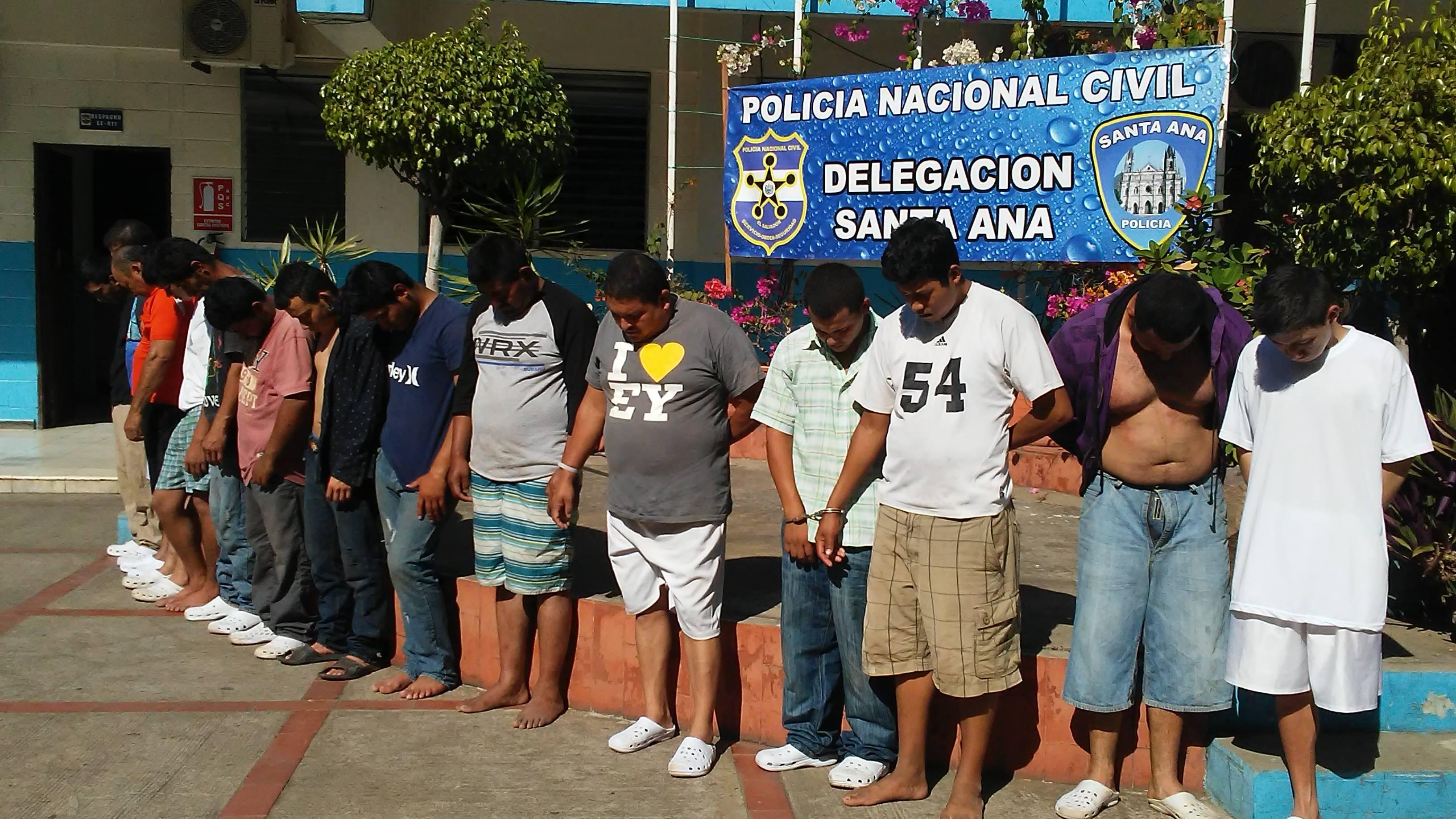Varios sujetos fueron detenidos por la PNC en los municipios de Santa Ana