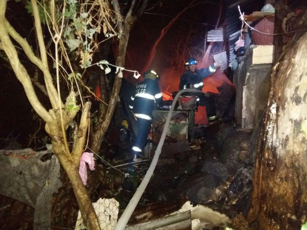 Bomberos sofocó incendio en cantón Cutumay Camones el pasado 31 de Diciembre