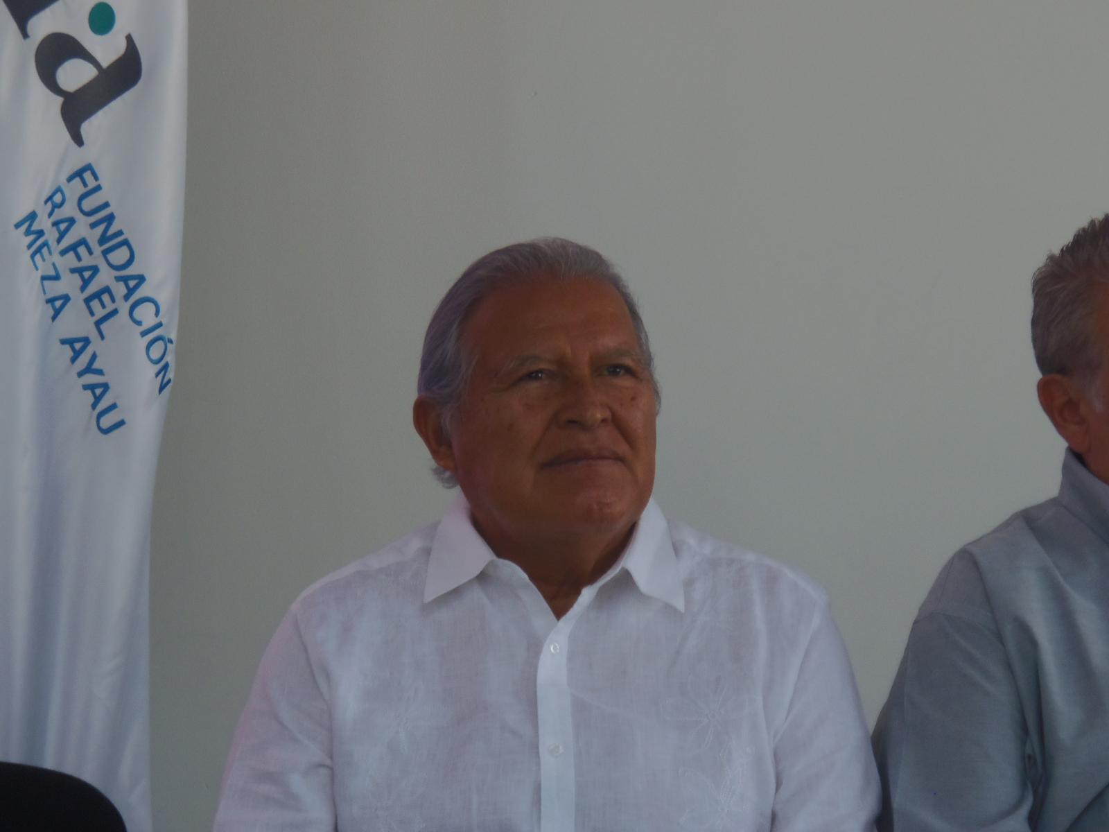 Estos son los nuevos cambios en el Gobierno del presidente Sánchez Cerén