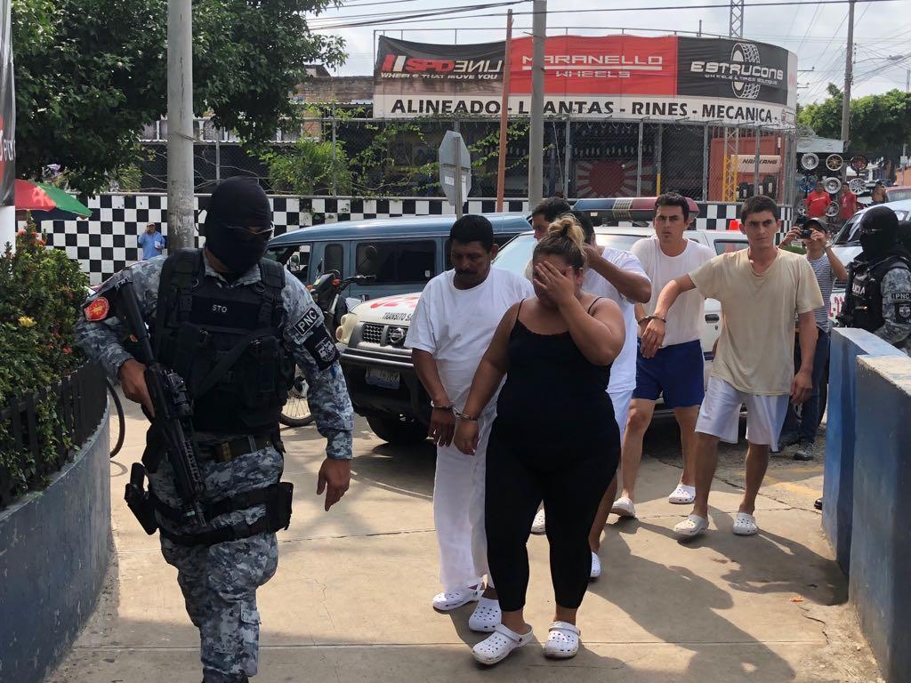 Policía logra varias capturas en operativo 10-0 realizados en Santa Ana y Chalchuapa