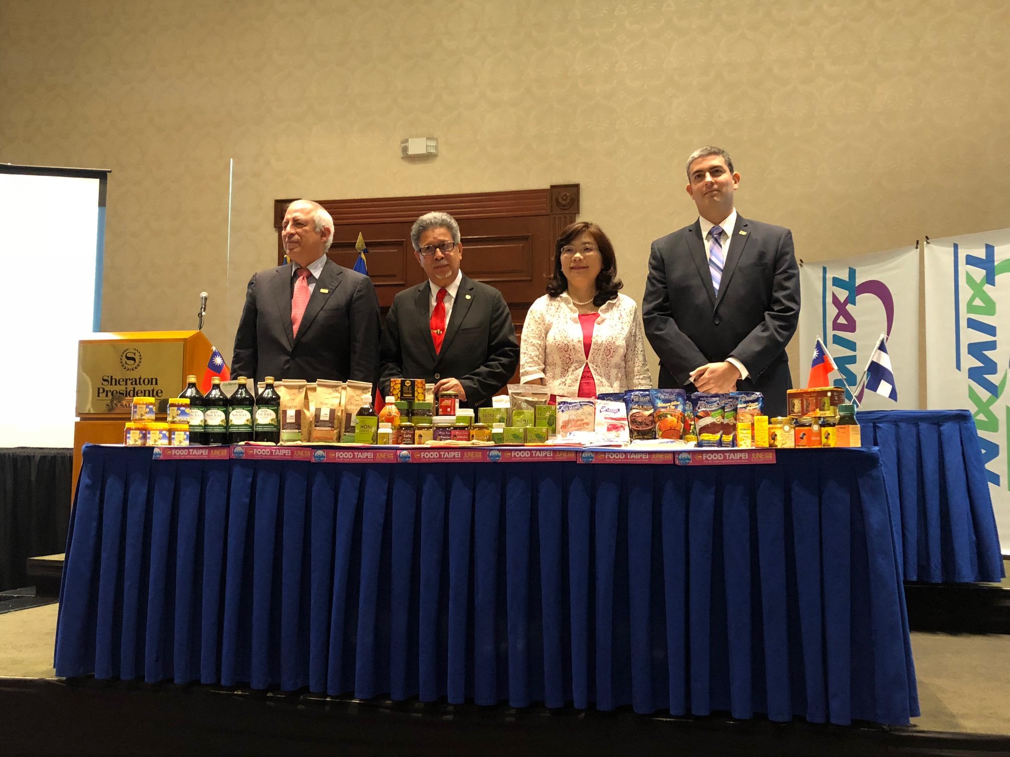 """Taiwán presenta la Delegación Salvadoreña para la Feria """"Food Taipei 201"""