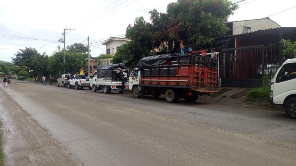 Camiones con víveres dirigidos a guatemaltecos no pudieron ingresar al hermano país