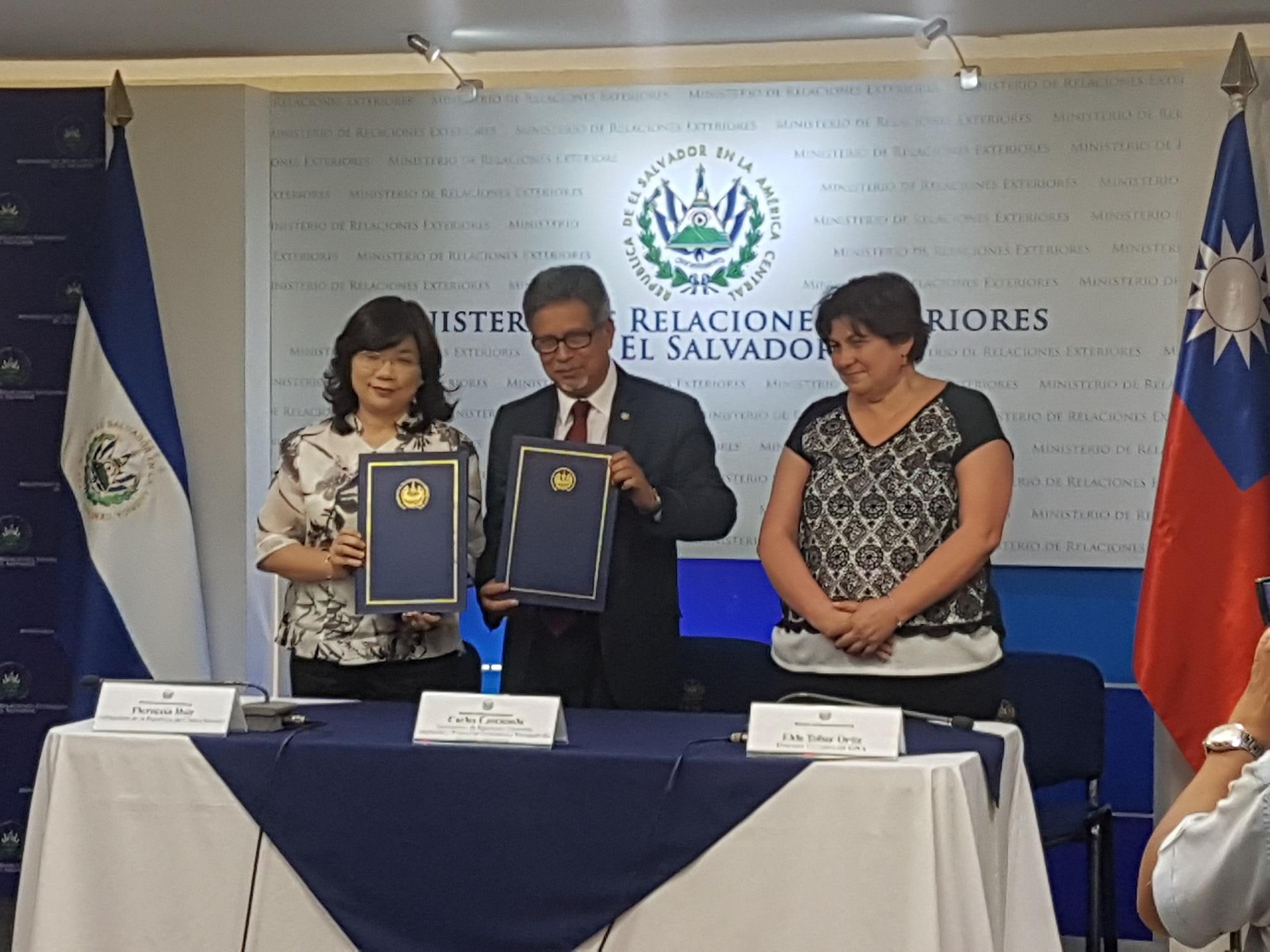Taiwán realiza desembolso para readecuación y equipamiento de las instalaciones de Ciudad de la Niñez y Adolescencia en Santa Ana