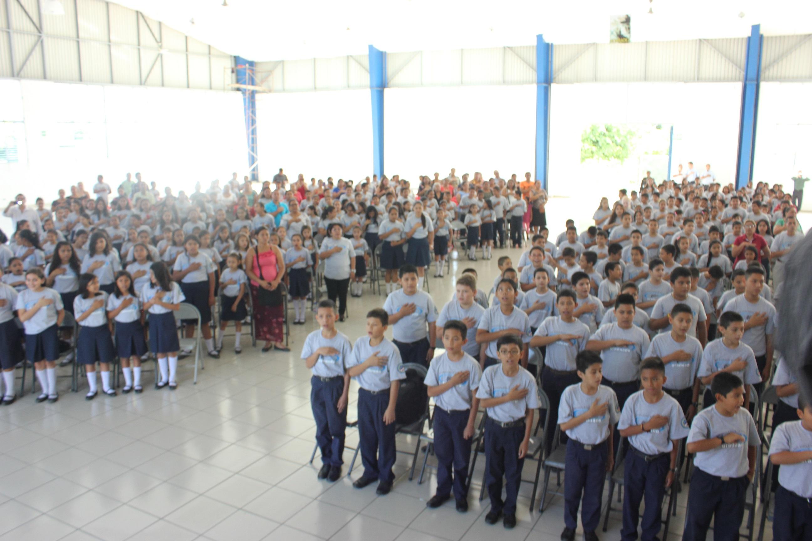Curso GREAT gradúa más de mil alumnos