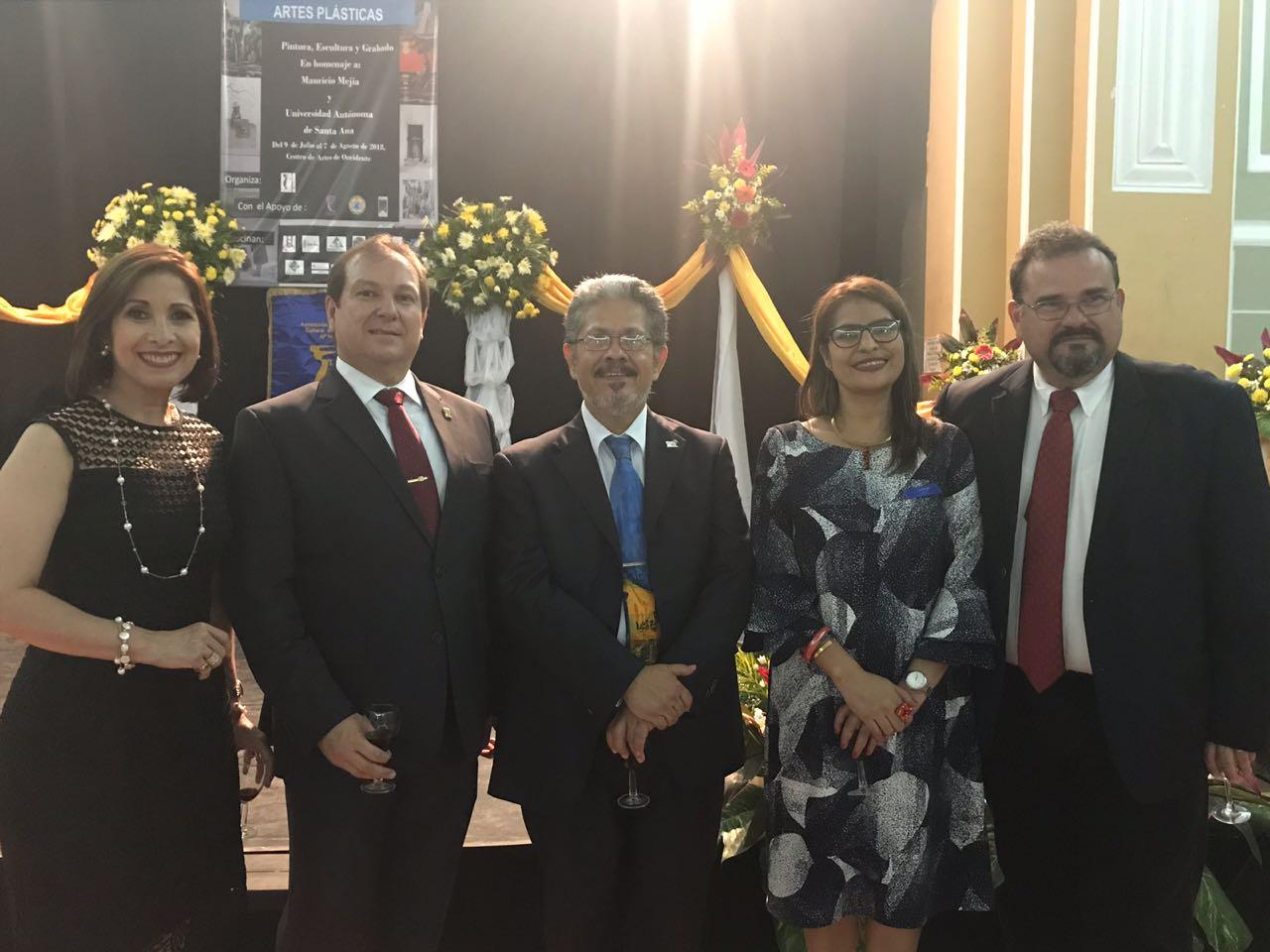 APACULSA reconoce esfuerzo de artistas salvadoreños e inaugura XXXII exposición de artes plásticas