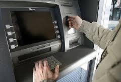 Condenan dos extranjeros por sustraer dinero ilícitamente de cajeros electrónicos