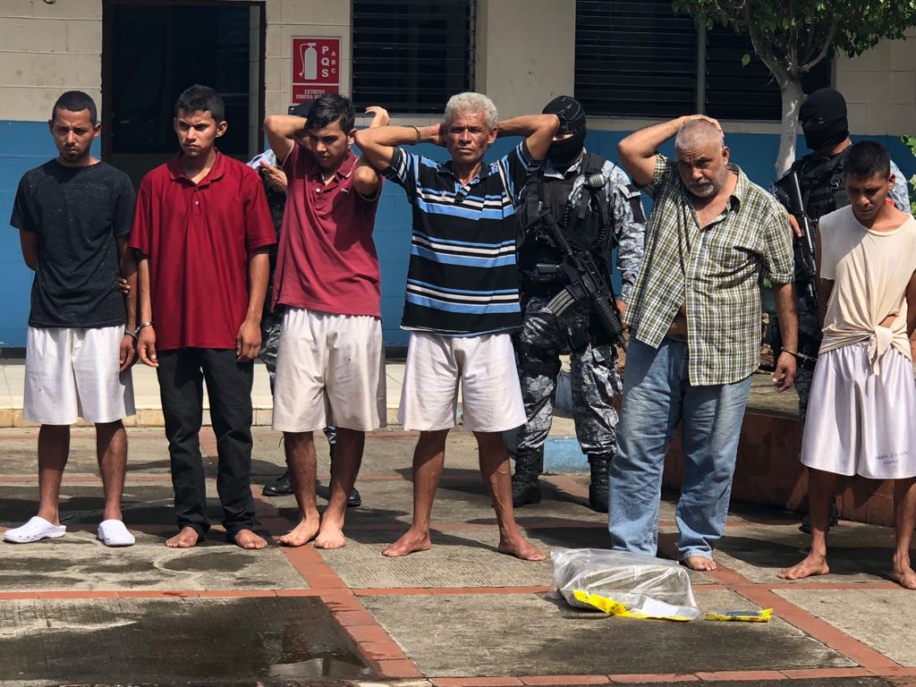 Capturados en Santa Ana por diversos delitos