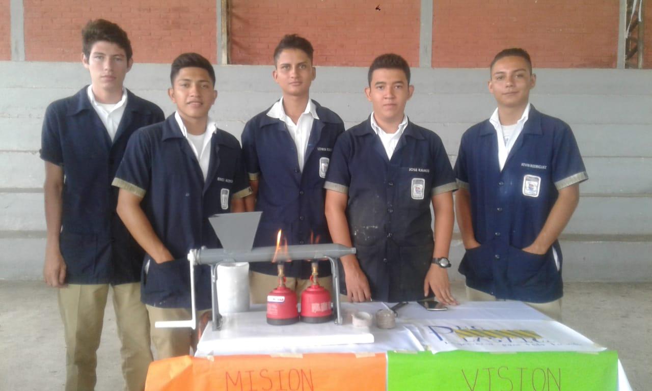 Junior Achievement El Salvador realizó la primera competencia de ideas emprendedoras