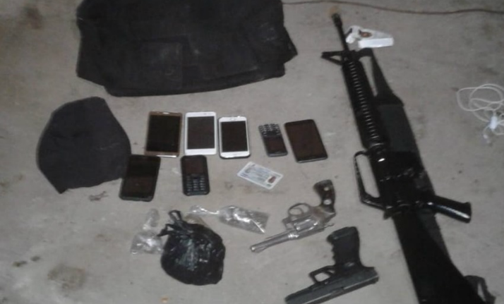Autoridades capturan a homicida de agente policial e incautan armas de grueso calibre
