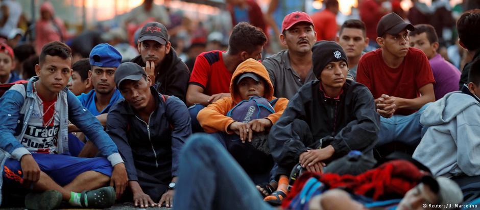 Trump califica de emergencia nacional el avance de la caravana de migrantes