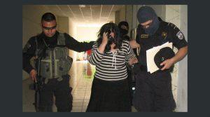 Profesora  es condenada a 16 años de prisión y al pago de $ 75,000.00 en concepto de responsabilidad civil  por el delito de Estafa.