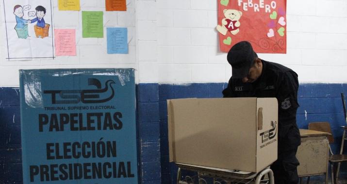 Policías emitirán sufragio en centros de votación donde brindaran seguridad.