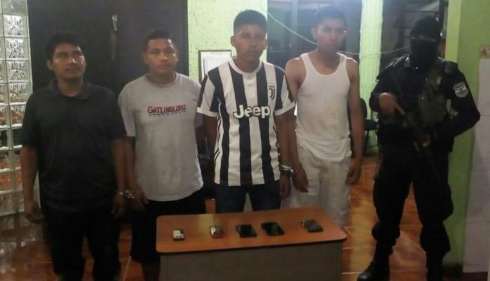Cuatro pandilleros detenidos en carretera Los Naranjos