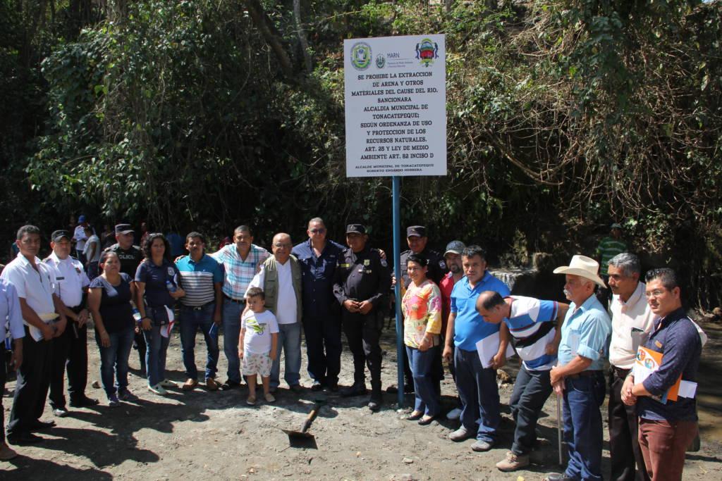 Prohíben extracción de arena en río El Sillero