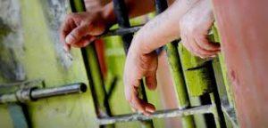 Condenas de siete y cuatro años de cárcel para dos sujetos por robo y arma ilegal
