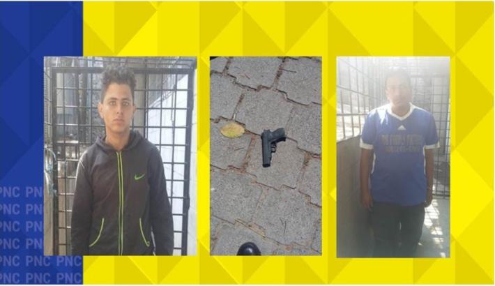 Detienen a dos hombres  a los cuales se les decomisa motocicleta y un arma de fuego de juguete