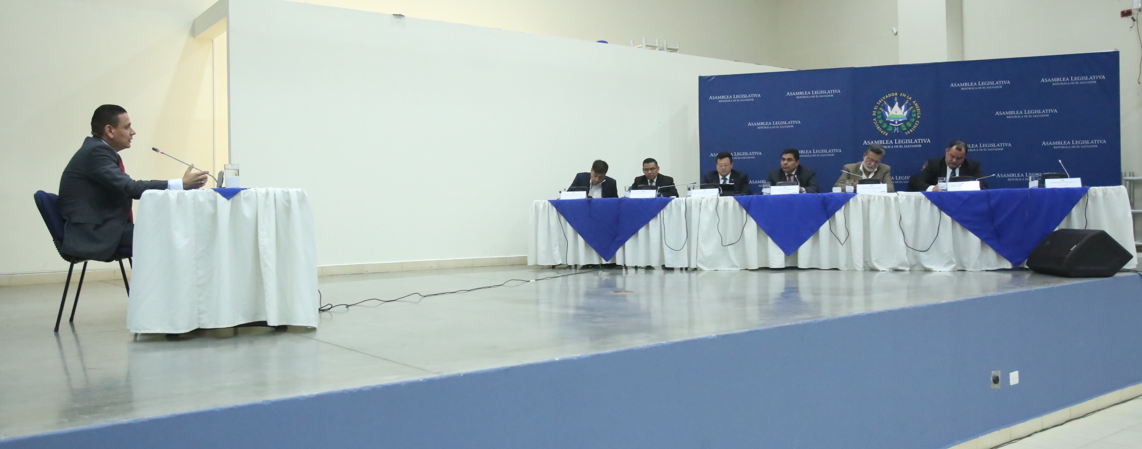 Este viernes se consolidará la mitad de entrevistas a candidatos a procurador general