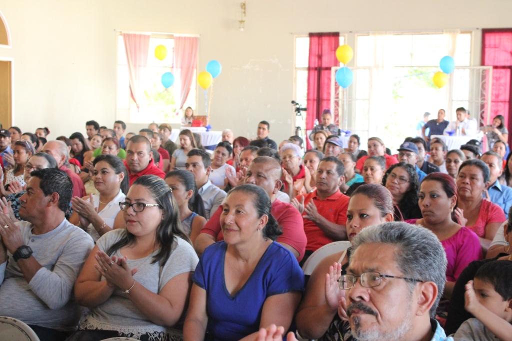 """La Constancia beneficia a 266 santanecos a través del programa """"Progresando Juntos en Occidente"""""""