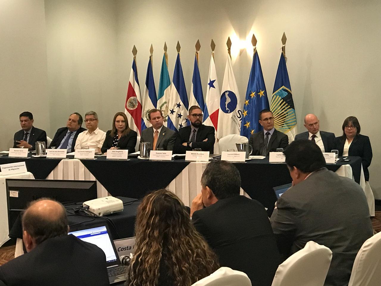 Ministra de Economía  firma en Guatemala Acuerdo de Adopción de Plataforma Digital de Comercio Centroamericana