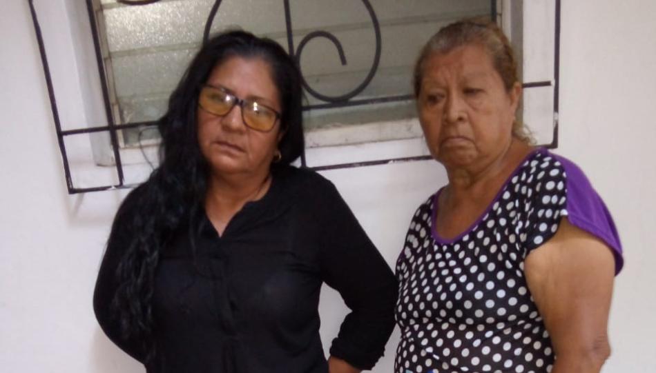 Dos estafadoras capturadas en Sonsonate con billetes de loterías falsos