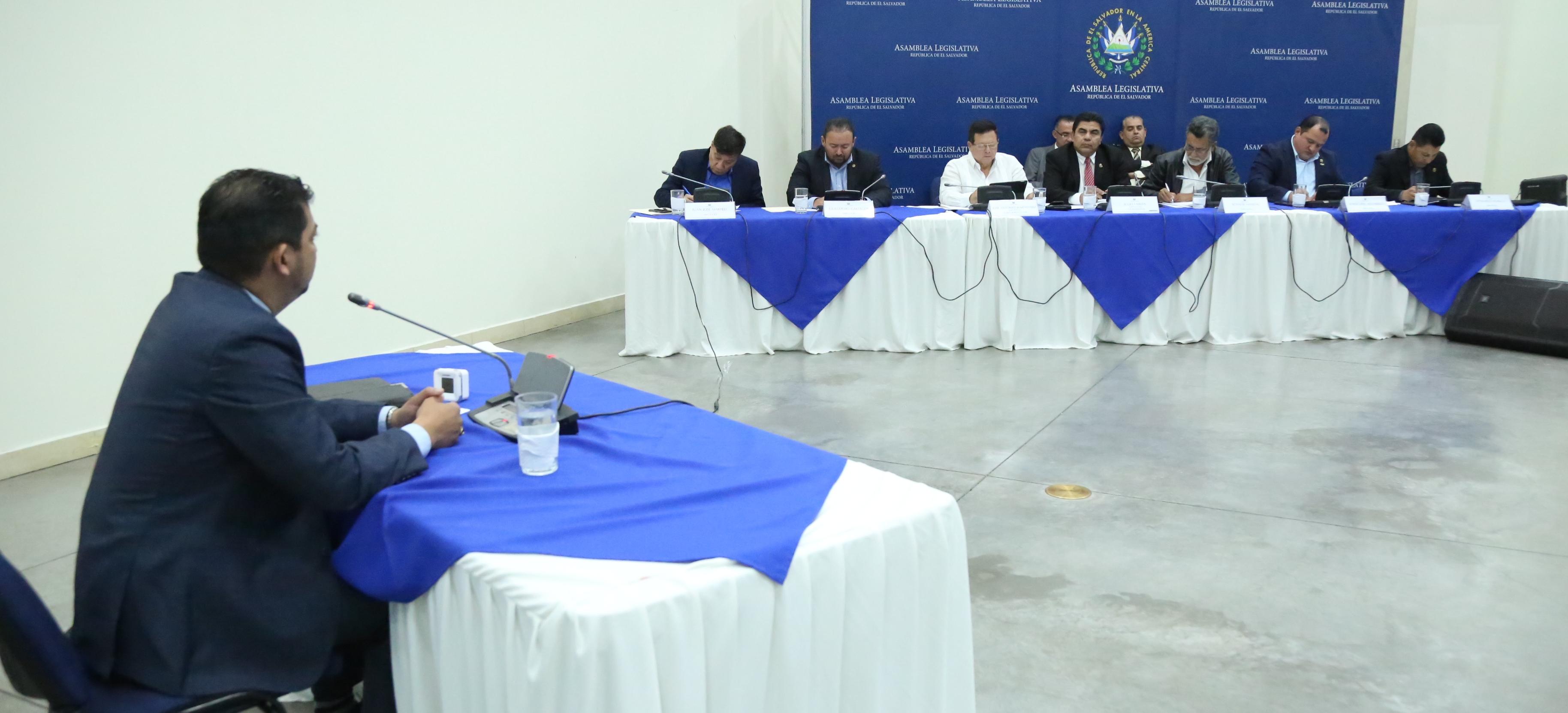 Subcomisión más cerca de concluir encuentros y preparar informe a la Comisión Política