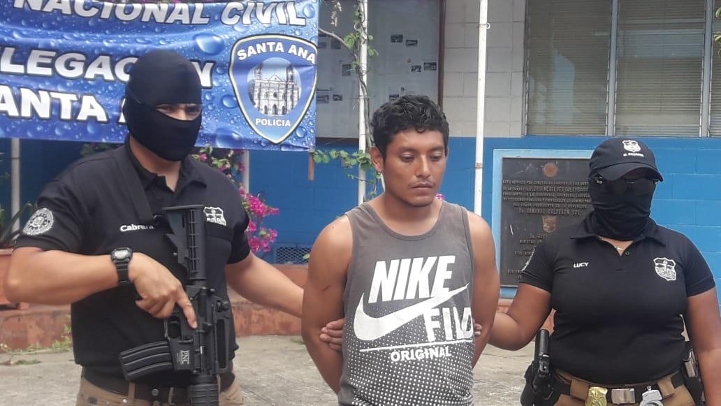 Capturan a hombre acusado de matar a agente de la PNC