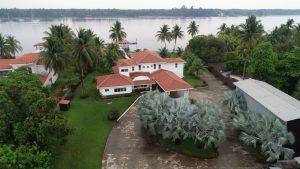 Fiscalía incauta 61 propiedades más relacionadas a expresidente Funes