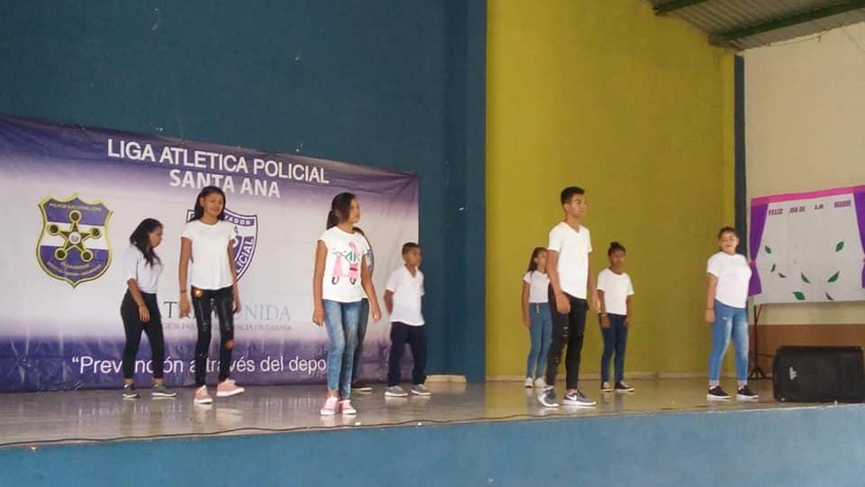 PNC en Santa Ana realiza concurso de Danza moderna
