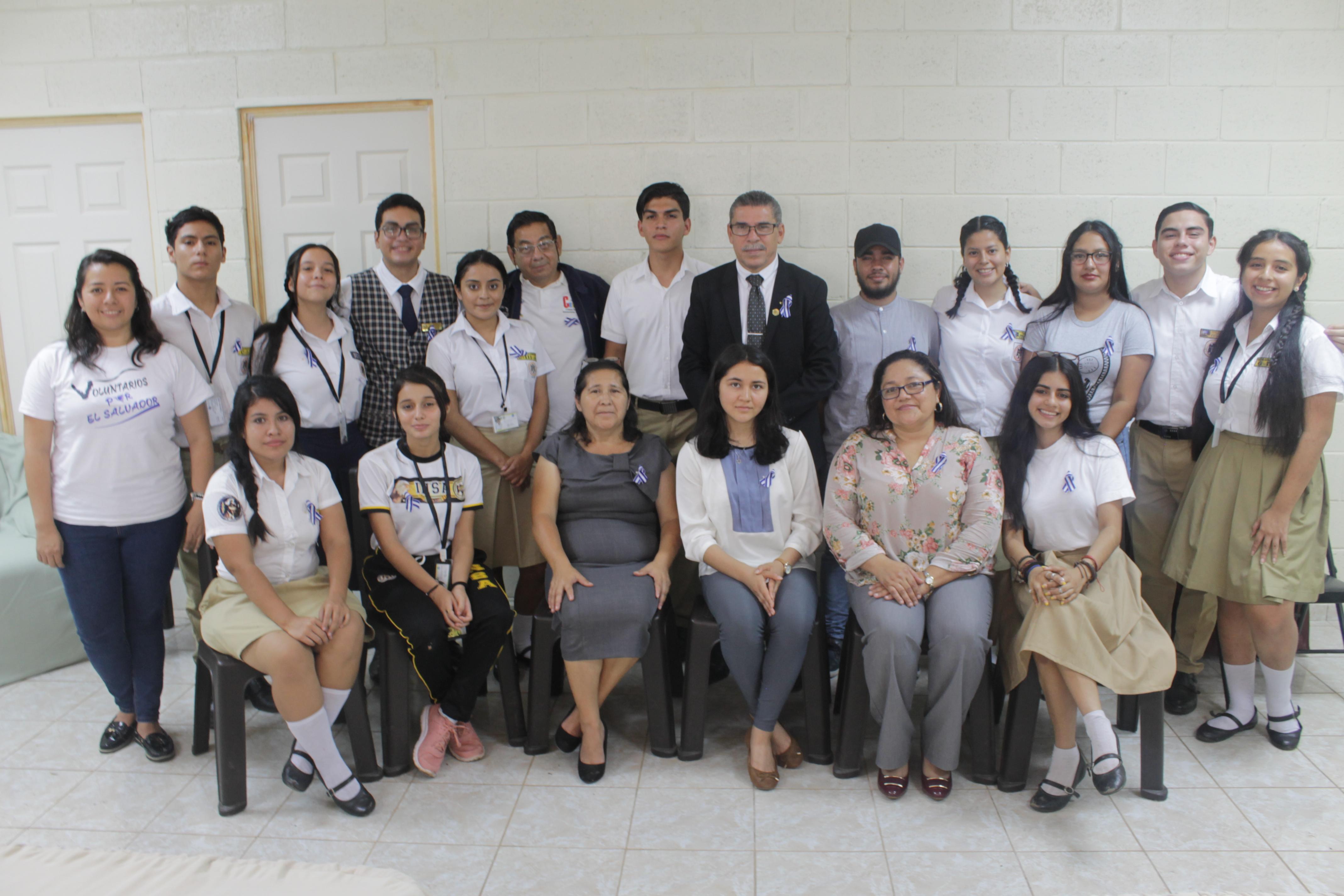 Texaco y Junior Achievement benefician con proyecto al INSA