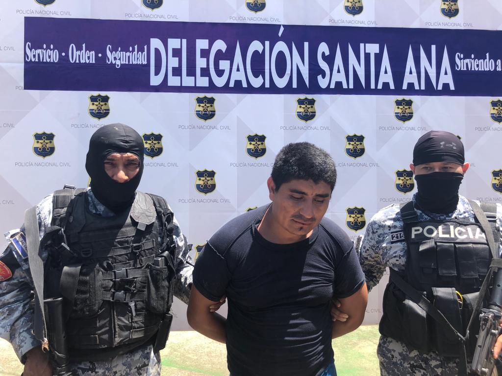 Arrestan a presunto implicado de ataque a patrulla policial en San Sebastián Salitrillo