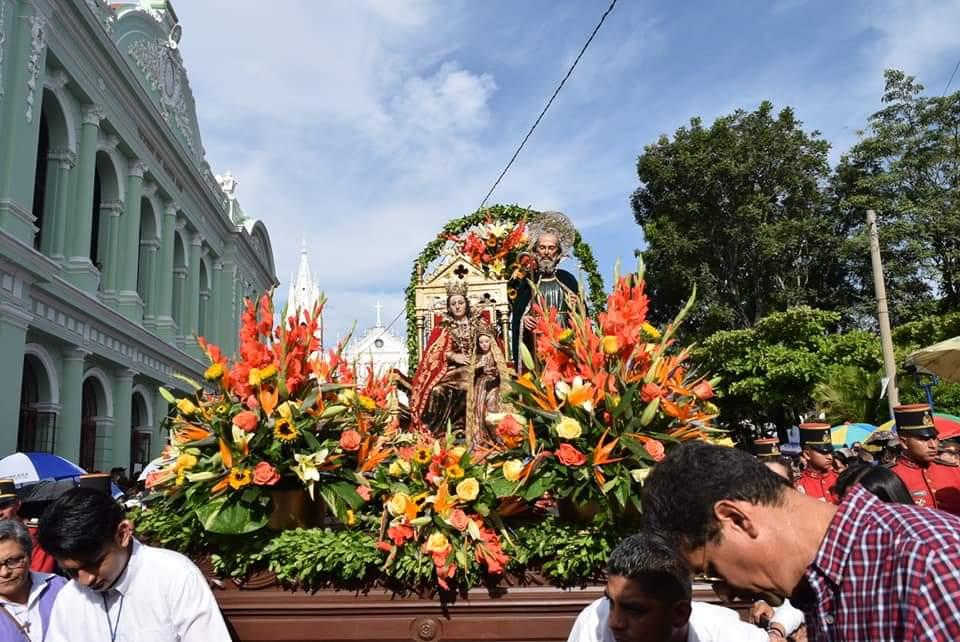 Concluyen las celebraciones de las Fiestas Julias con nutrida procesión