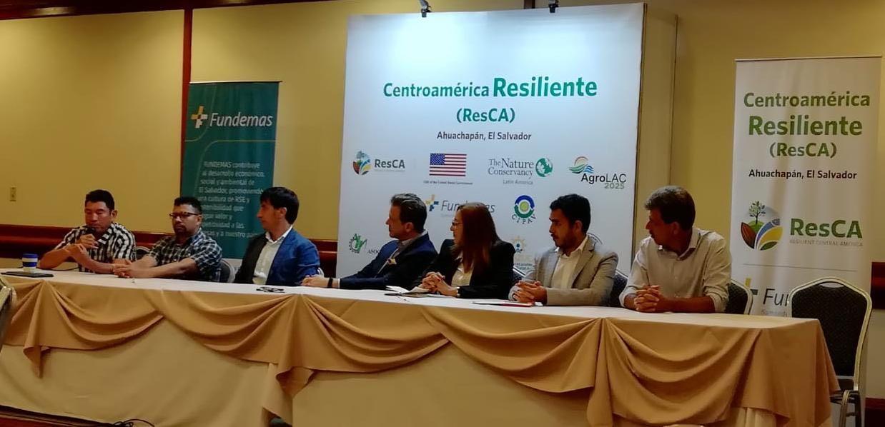 Se presentó la Guía para Integrar la Sostenibilidad en las Empresas y talleres dirigidos a productores agropecuarios, empresarios y funcionarios  públicos para fomentar la resiliencia al cambio climático