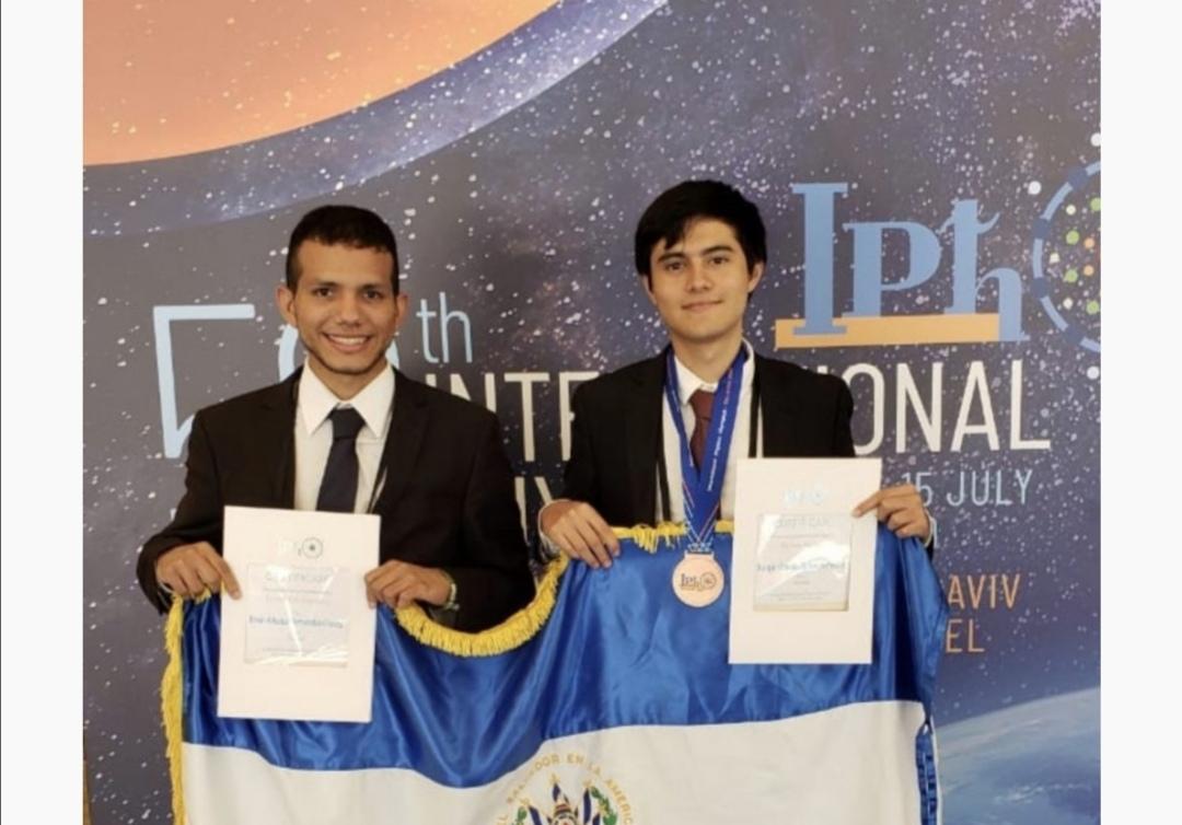El Salvador gana medalla en la Olimpiada Internacional de Física Israel 2019