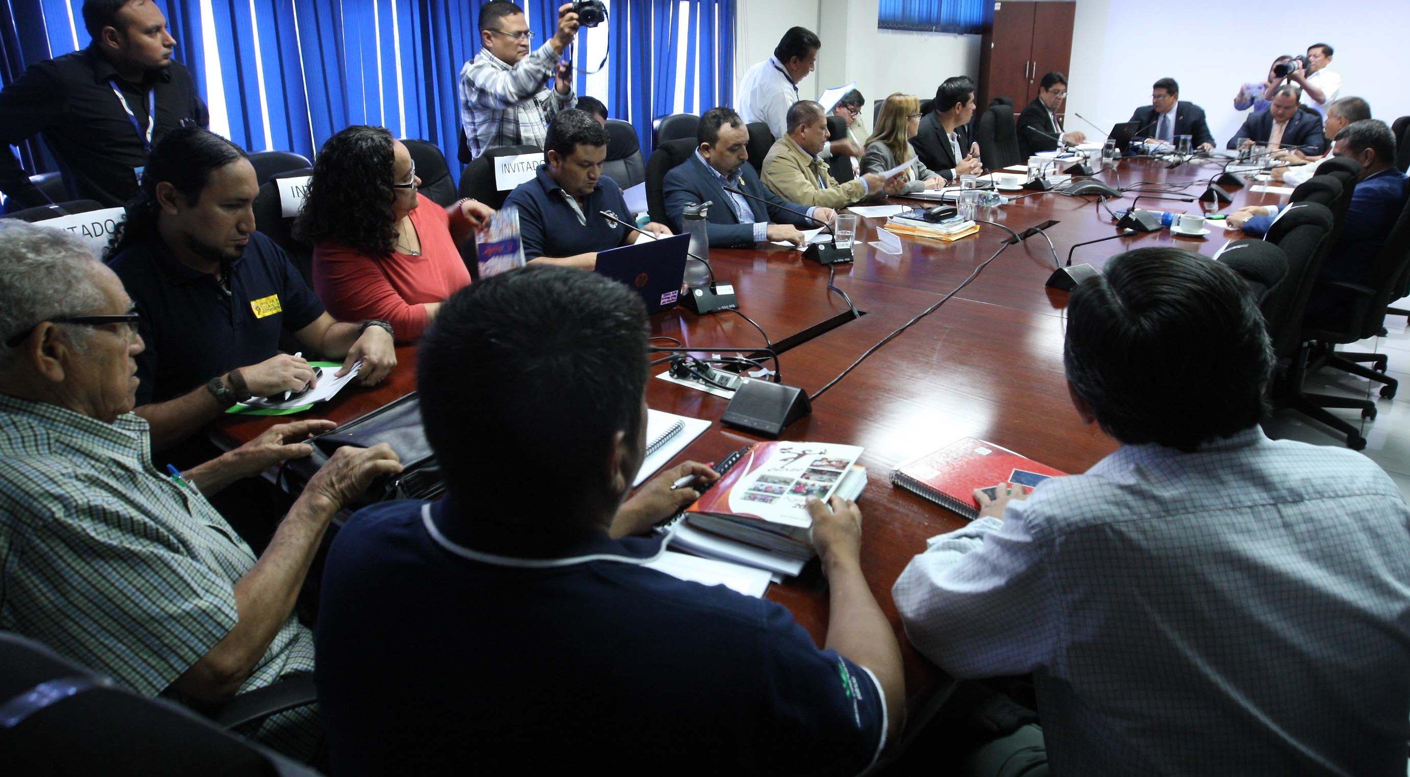 Escuchan a organizaciones sociales sobre proyecto de Ley de Soberanía y Seguridad Alimentaria y Nutricional