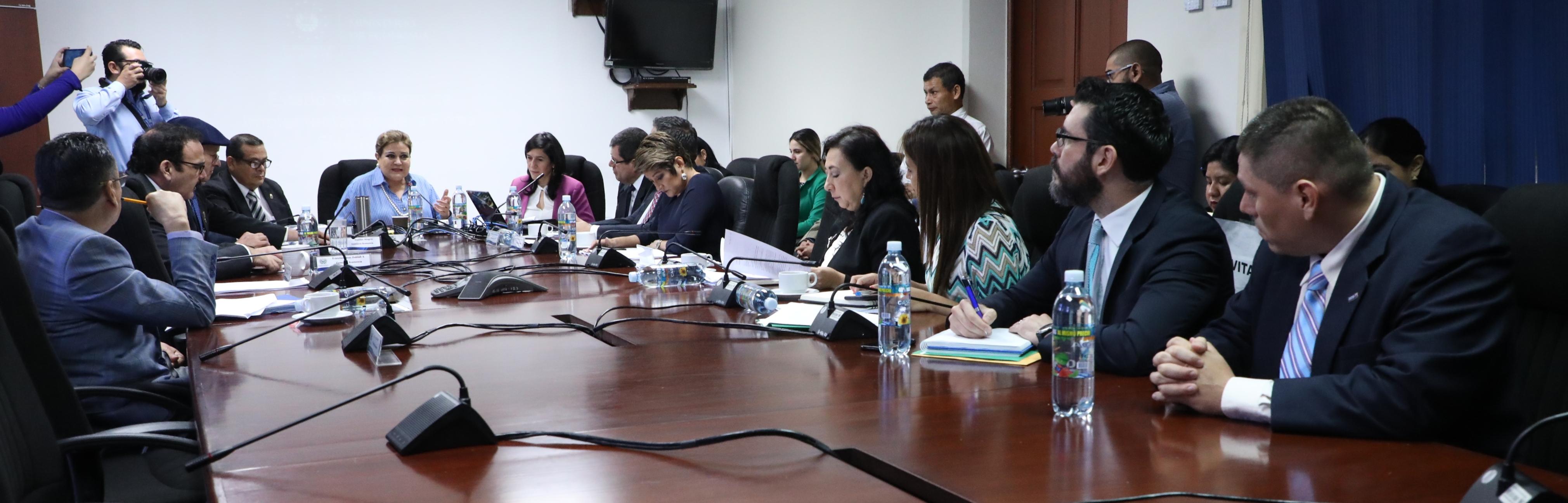 Acuerdan trabajo interinstitucional para desarrollar una agenda tecnológica en el país