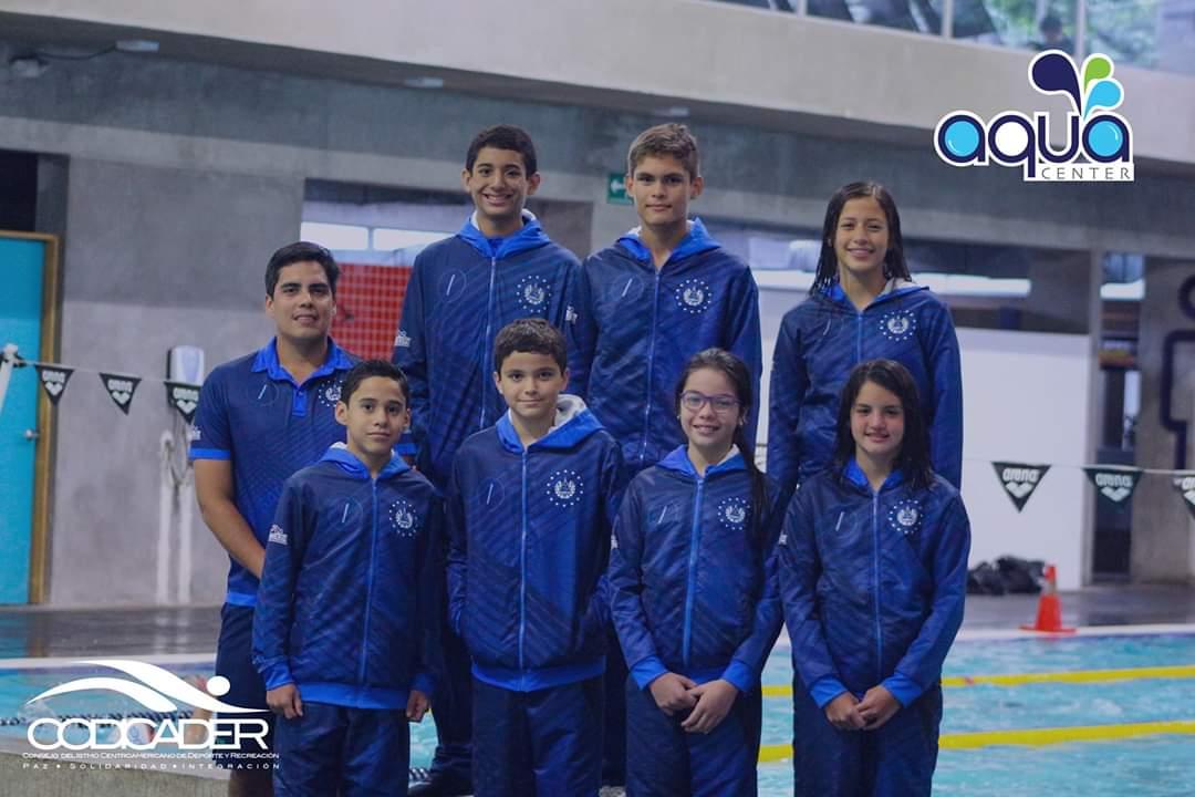 Atletas salvadoreños hacia el CODICADER