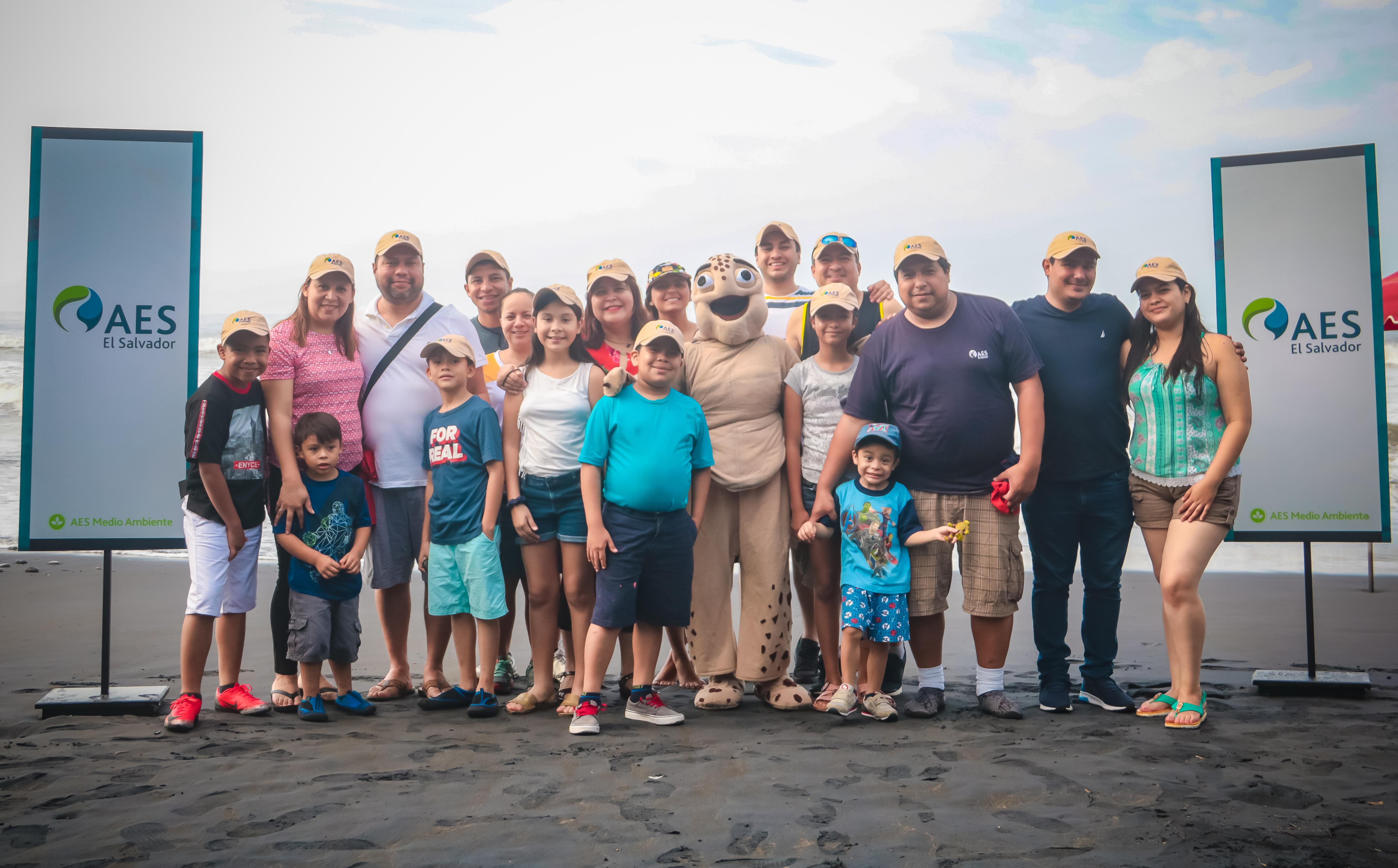 AES El Salvador apoya la preservación de la tortuga marina