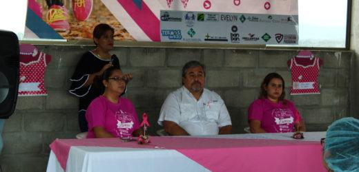 Hospital Cáder realiza su novena caminata contra el cáncer de mama