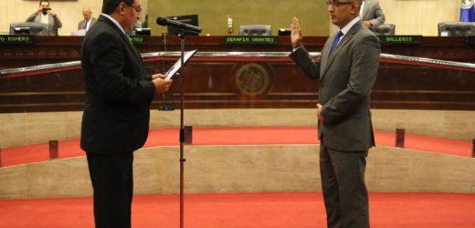 Eligen y juramentan a José Apolonio Tobar Serrano como procurador de Derechos Humanos