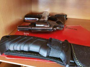 Fiscalía ordena la captura de dos abogados y un exfiscal